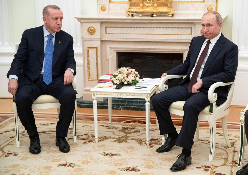 Russian President Putin meets with Turkish President Erdogan in Moscow