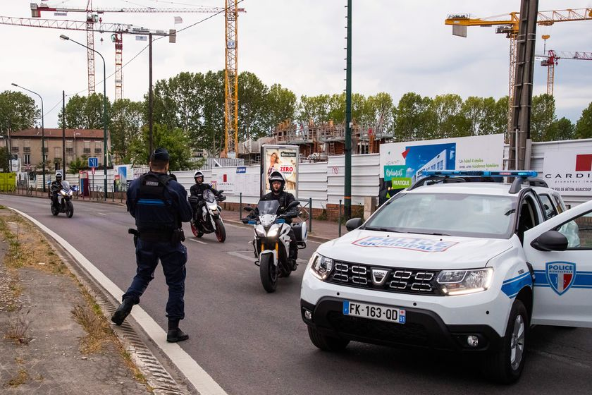 Car attack in Colombes, near Paris