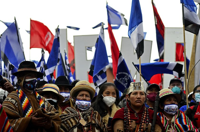 14 October 2020, Bolivia, El Alto: Members of the indigenous population attend a rally of Luis Arce, presidential candidate of the Movement Towards Socialism Party (MAS), ahead of 2020 Bolivian general election which will take place on 18 October 2020. Photo: Nestor Alexis Gomez/dpa   14/10/2020 ONLY FOR USE IN SPAIN