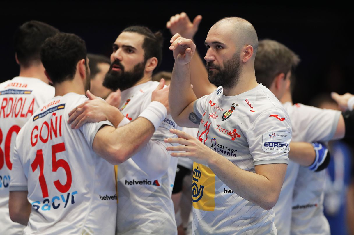 Why does Spain want revenge against Slovenia, its rival in the semifinals of European handball?