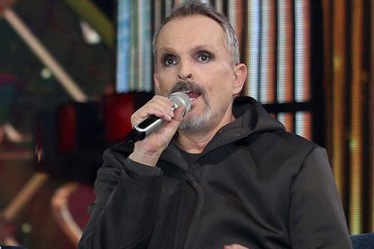 Miguel Bosé reappears to announce his autobiographical book