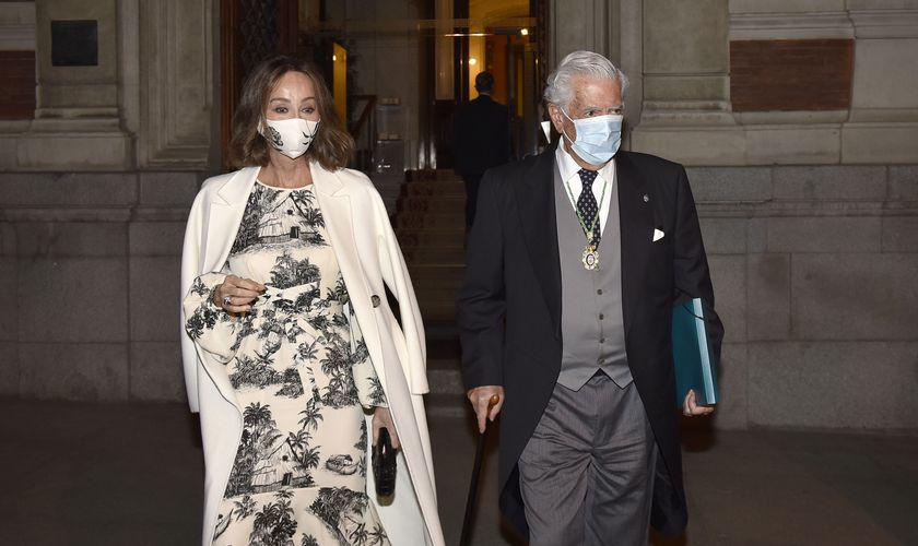 Mario Vargas LLosa and Isabel Preysler leave the Royal Academy of Language after attending the opening ceremony of the academic year, in Madrid, on October 7, 2020.