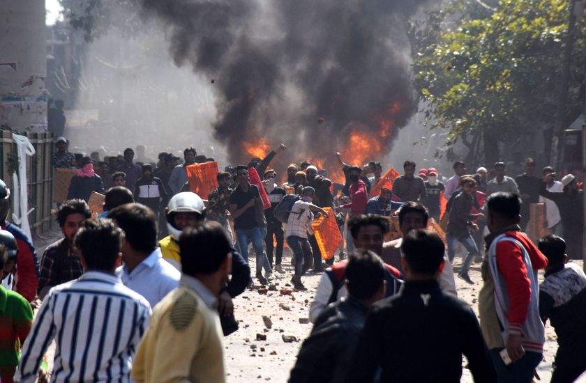 Policeman killed during clashes in New Delhi
