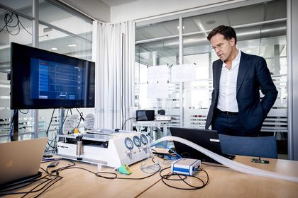 Prime Minister Mark Rutte visits the Technical University in Delft