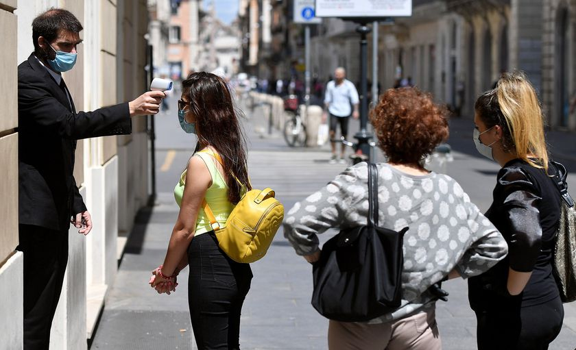 Italy in phase two to lift coronavirus restrictions