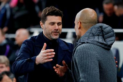 Pochettino saluda a Pep Guardiola
