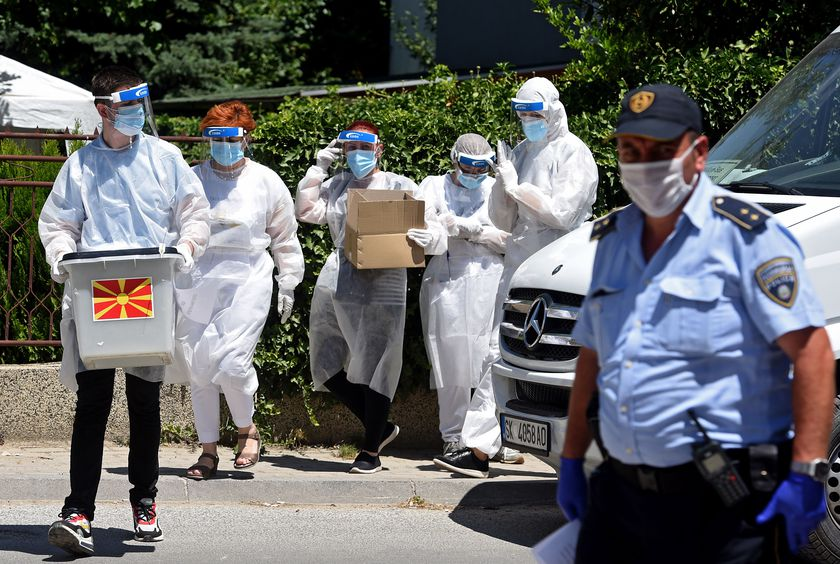 Covid-19 infected persons vote in Skopje