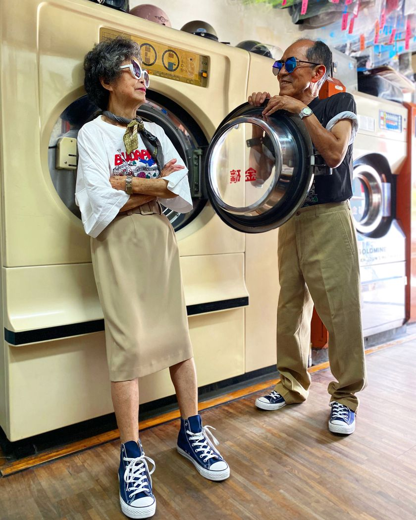 Taiwan elderly couple become IG celebrities by modeling leftover clothes in laundry