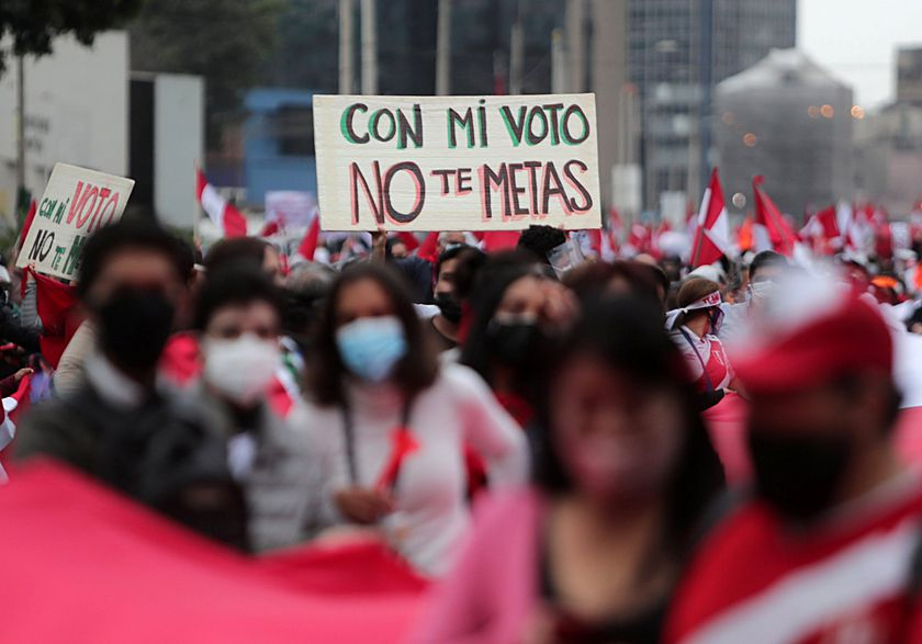 """A sign that reads  """"Don't mess up with my vote"""" is displayed as supporters of Peru's presidential candidate Keiko Fujimori gather in Lima, Peru, June 9, 2021. REUTERS/Sebastian Castaneda"""