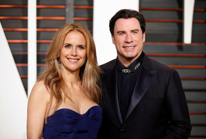 FILE PHOTO: Kelly Preston and John Travolta arrive at the 2015 Vanity Fair Oscar Party in Beverly Hills