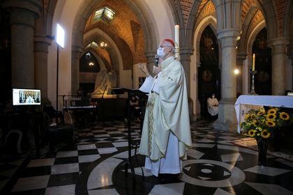 Cardinal Odilo Pedro Scherer conducts a livestream Easter Sunday Mass without public, amid coronavirus disease (COVID-19) restrictions, at the Catedral da Se crypt, in Sao Paulo, Brazil April 4, 2021. REUTERS/Carla Carniel