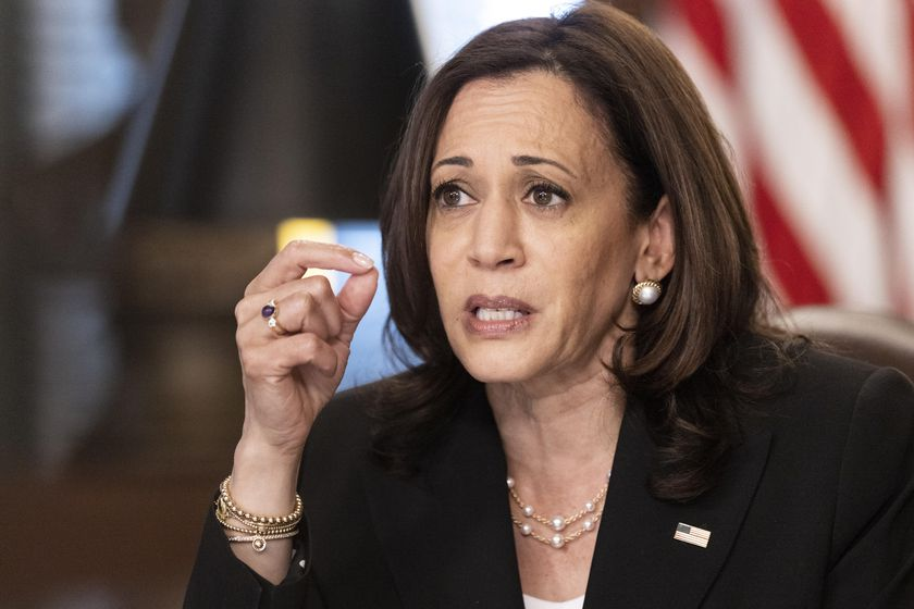 Washington (United States), 27/05/2021.- US Vice President Kamala Harris speaks during a meeting in the Vice President's Ceremonial Office in Washington, DC, USA, 27 May 2021. Harris will travel to Guatemala and Mexico early next month, after pledging more than 300 million US dollars in additional humanitarian aid for Northern Triangle countries that include Guatemala, Honduras and El Salvador. (Estados Unidos) EFE/EPA/Ting Shen / POOL