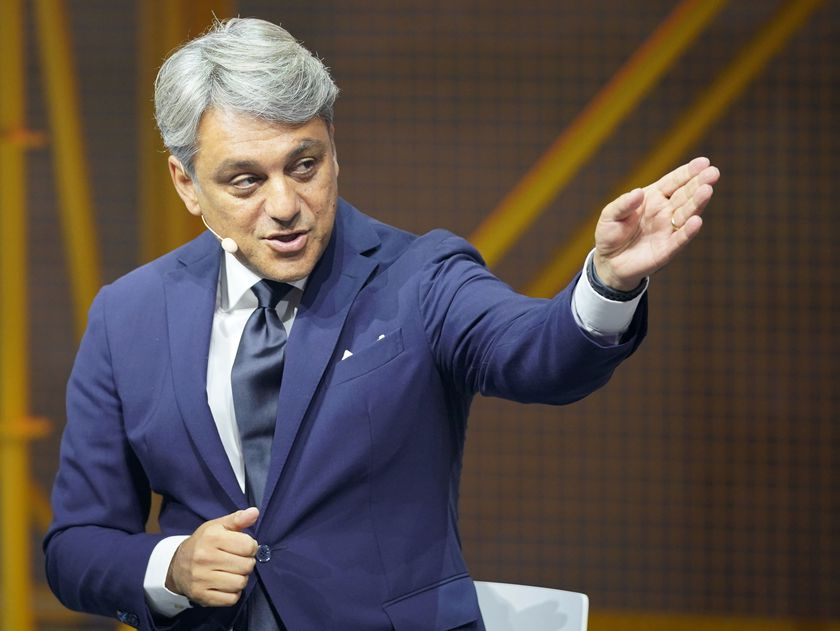 Frankfurt Main (Germany).- (FILE) - Then Seat CEO Luca de Meo gestures during the presentation of the Cupra Travascan during the IAA motor show in Frankfurt, Germany, 10 September 2019 (reissued 13 January 2021). Groupe Renault CEO Luca de Meo will present the French carmaker's strategic plans called 'Renaulution' at the group's headquarters on 14 January 2021. (Francia, Alemania) EFE/EPA/RONALD WITTEK *** Local Caption *** 55456747