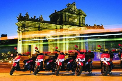 Motos eléctricas de Acciona en Madrid