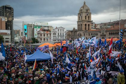 29 March 2021, Bolivia, La Paz: Supporters attend the 26th anniversary of the founding of the ruling party Movement for Socialism (MAS). Photo: Radoslaw Czajkowski/dpa 29/03/2021 ONLY FOR USE IN SPAIN