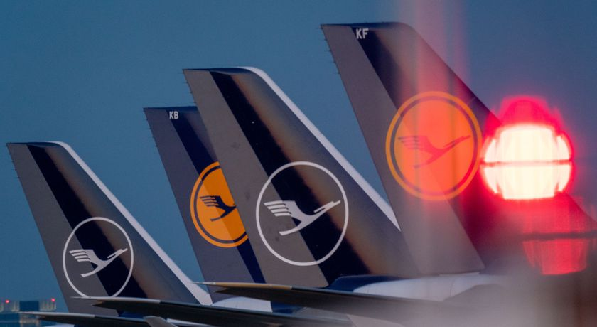 Germany and Lufthansa negotiate rescue deal
