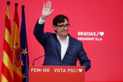 Socialist Party of Catalonia (PSC) candidate Salvador Illa speaks during a press conference to assess the results of the Catalan elections at his headquarters in Barcelona, during the coronavirus disease (COVID-19) outbreak, in Barcelona, Spain, February 14, 2021. Socialist Party of Catalonia (PSC) / Handout via REUTERS ATTENTION EDITORS - THIS IMAGE WAS PROVIDED BY A THIRD PARTY. NO RESALES. NO ARCHIVES. MANDATORY CREDIT.
